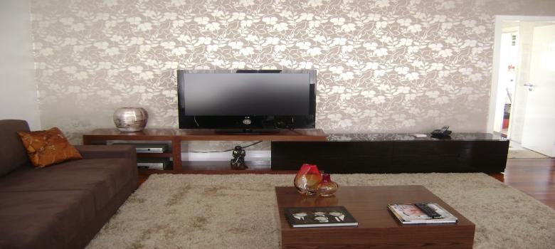 decoração de sala com papel de parede