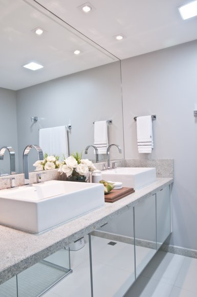 Kit Para Banheiro Artesanato ~ Modelos de armário para banheiro bonito e funcional
