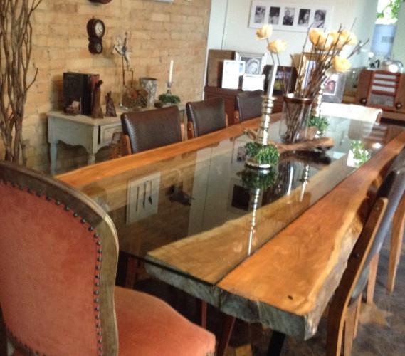 Base de madeira para mesa de jantar maci a r stica quadrad for Mesas rusticas grandes
